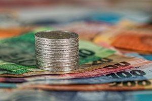 お金を増やすブログ money hacker